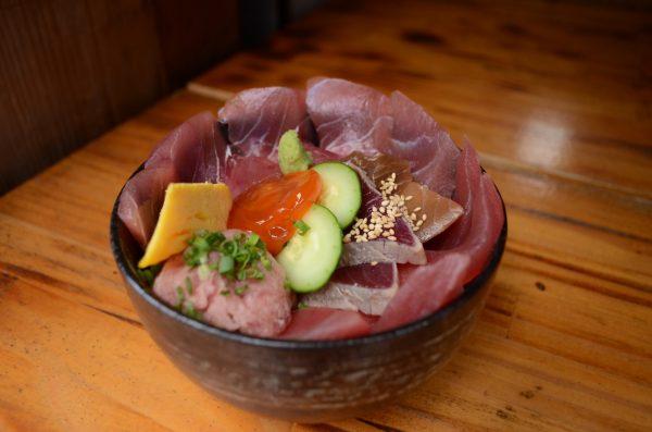 目黒駅周辺で食べられるランチの豊洲市場直送まぐろ丼